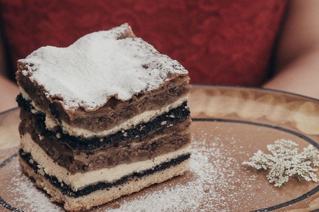 Over Mura folding cake