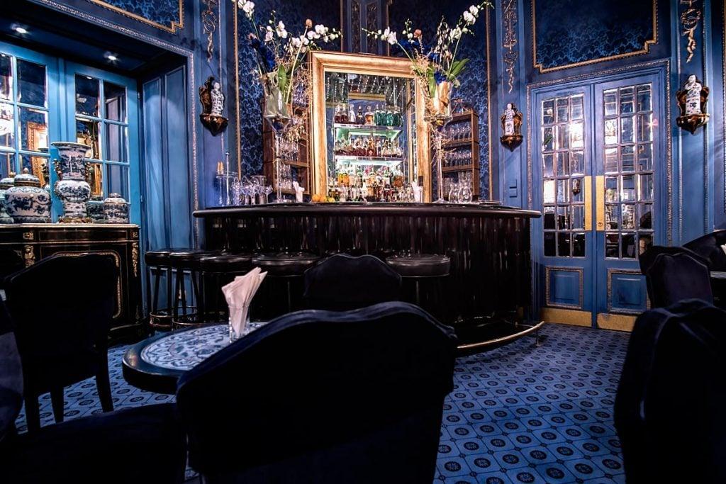 blue bar sacher blue room