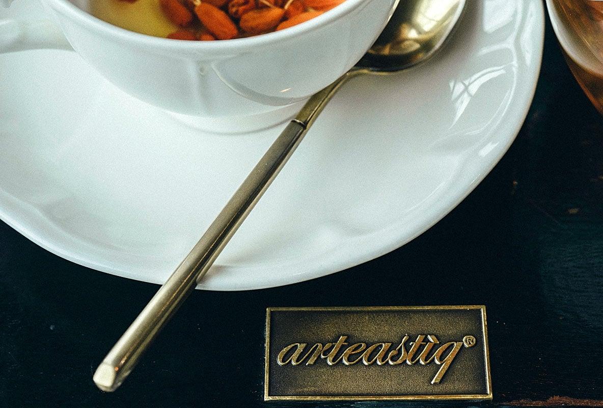 Arteastiq logo