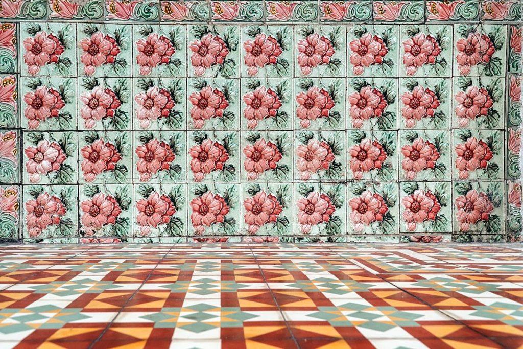 Peranakan tiles