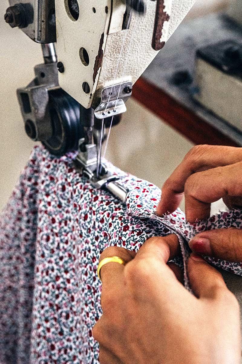 Hoi An Tailor sewing shirt