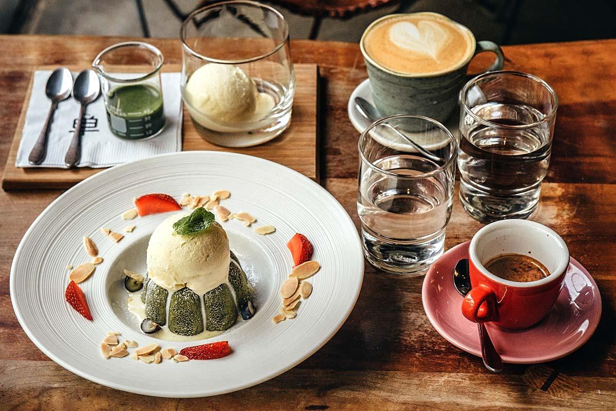 Dan cafe order coffee with matcha affogato and matcha lava cake.