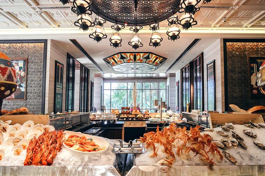 Mandarin Oriental Mosaic Buffet Review