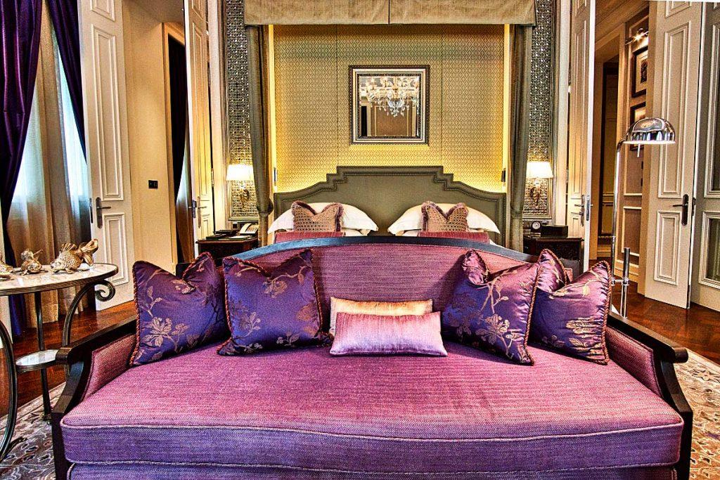 Heritage luxury hotel suite bedroom
