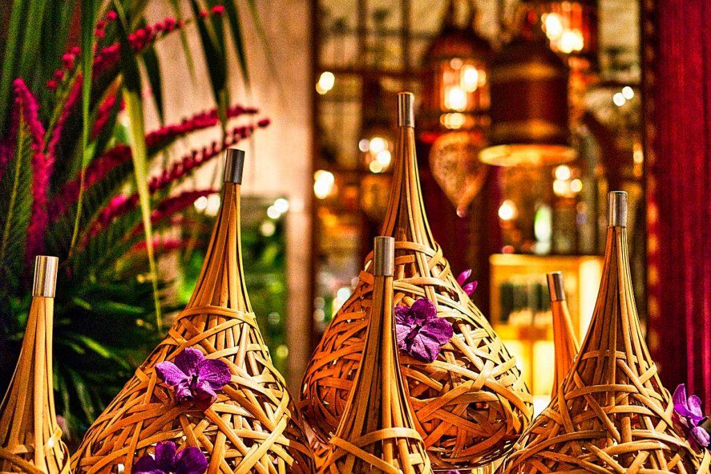 Mandarin Oriental Bangkok lobby decoration