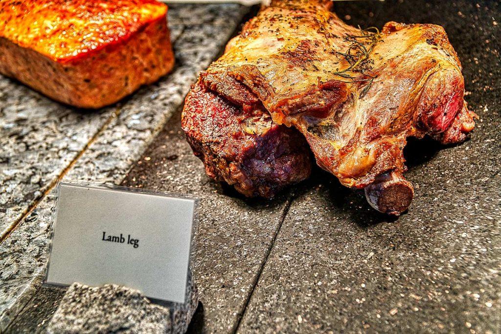 baked lamb leg