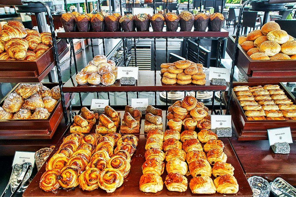 breakfast buffet pastries