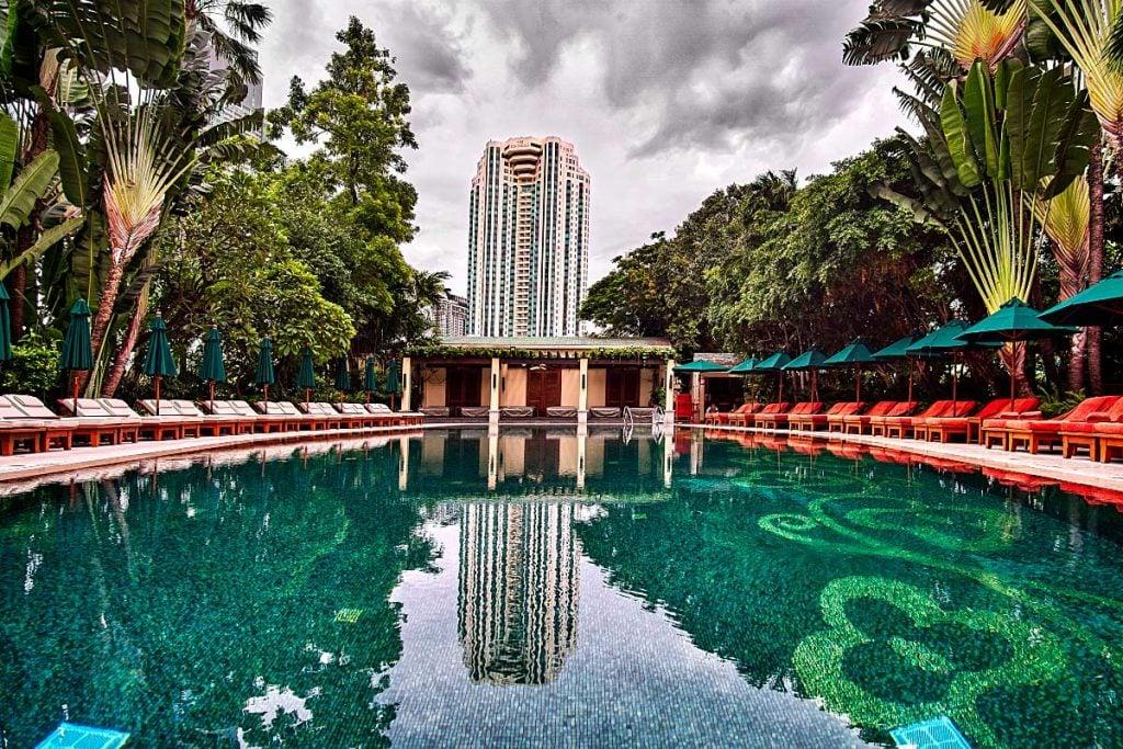 Mandarin Oriental Bangkok pool
