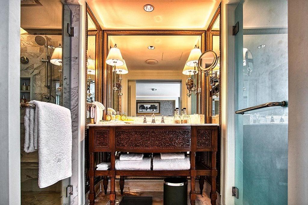 luxury bathroom at Mandarin Oriental bangkok