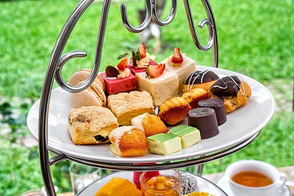 Western afternoon tea desserts