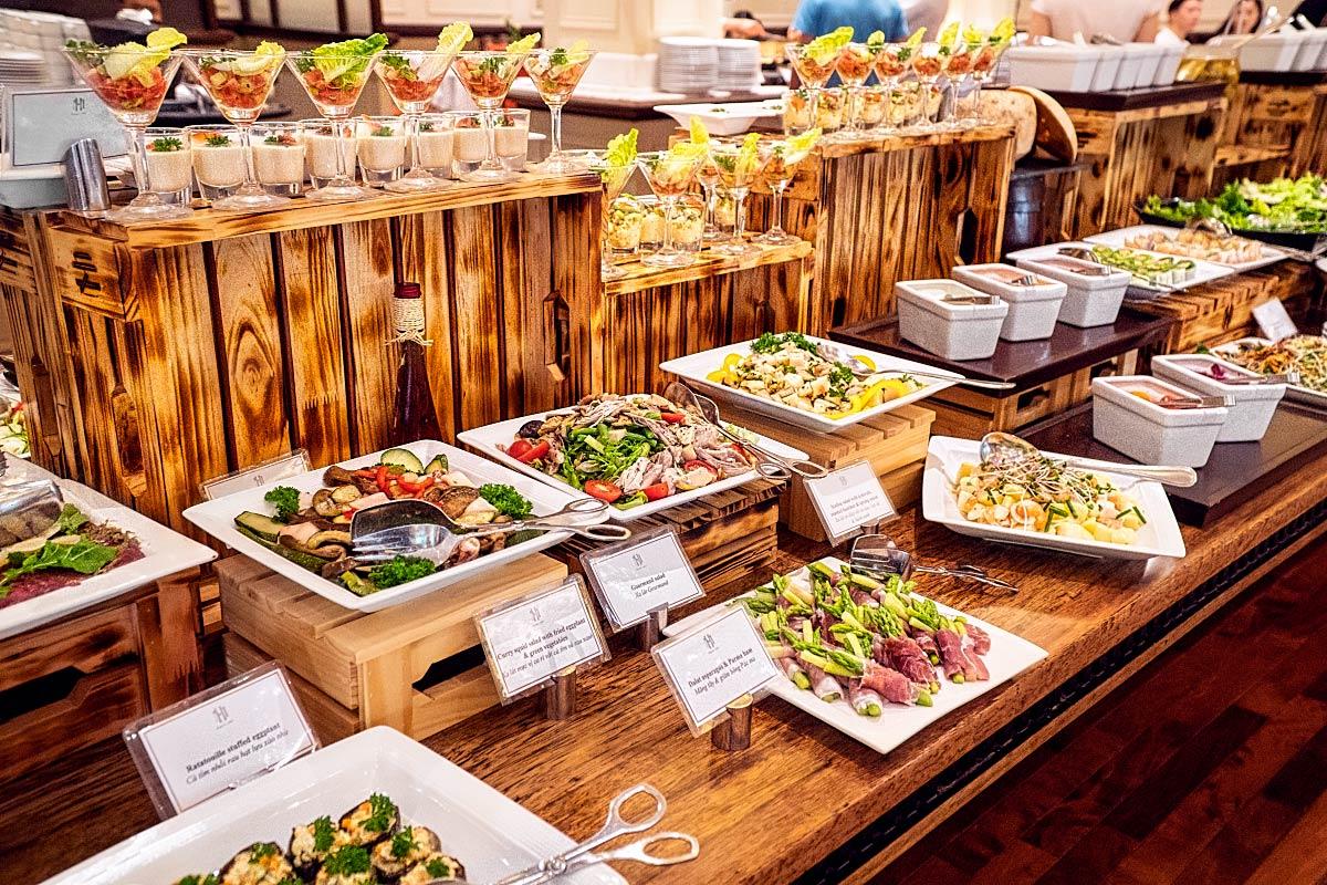 Sofitel Metropole buffet