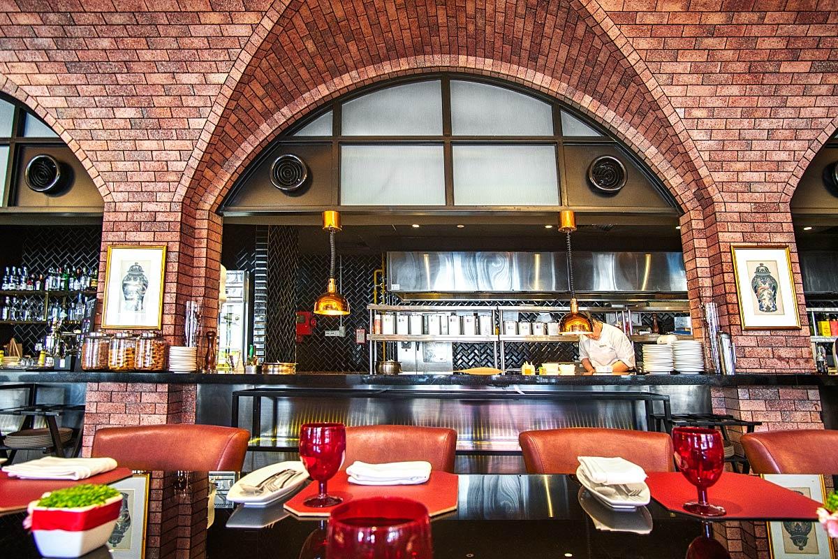 Brasserie 25 interior
