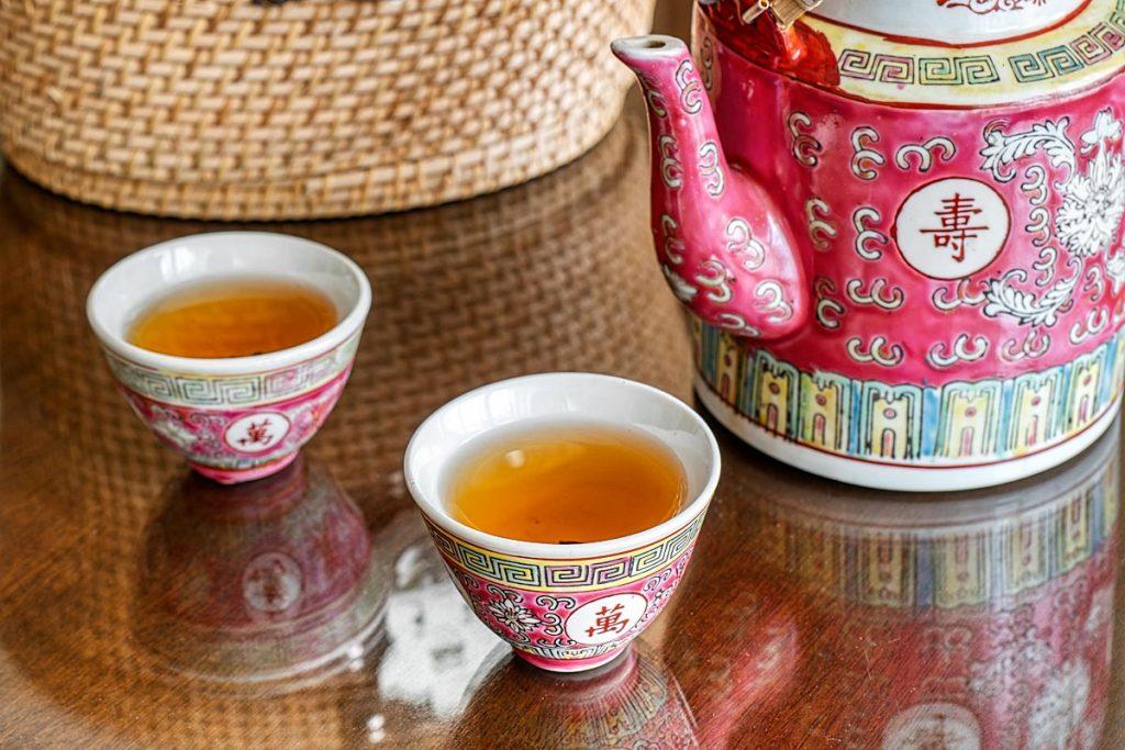 Peranakan tea set