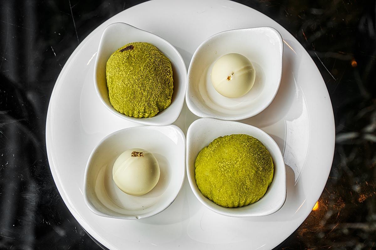 Green tea daifuku
