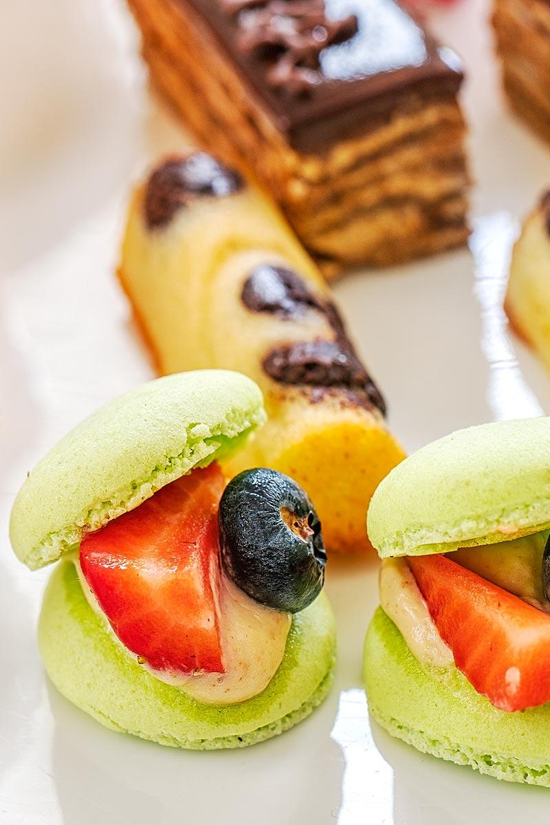 fresh fruit macaron