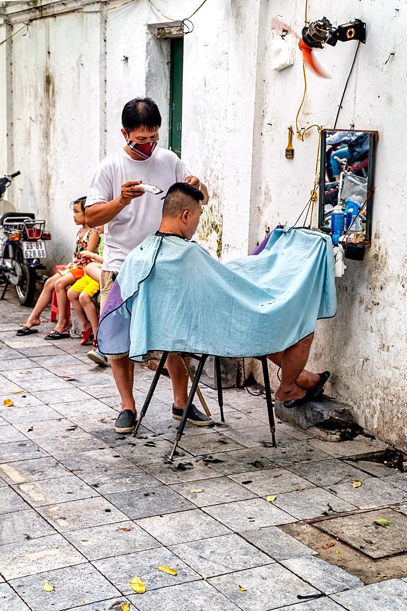 vietnam street haircut hairdresser
