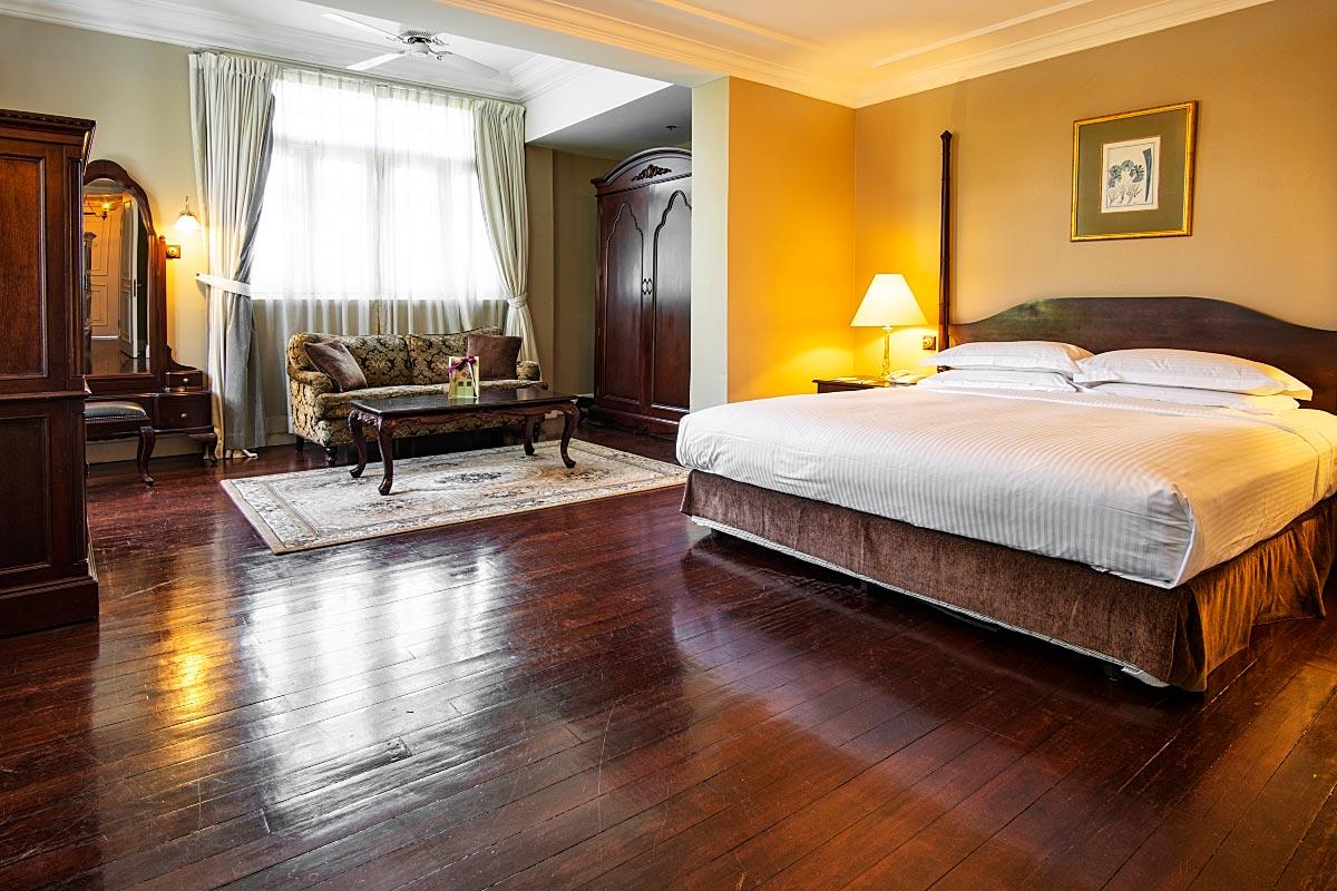 Eastern&Oriental room