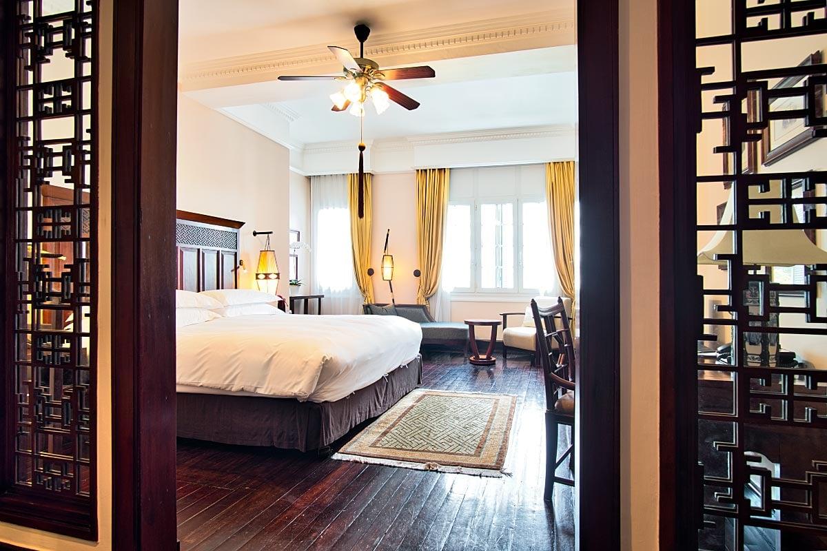 metropole hotel hanoi room
