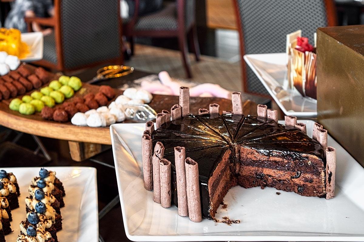 Concorde cake