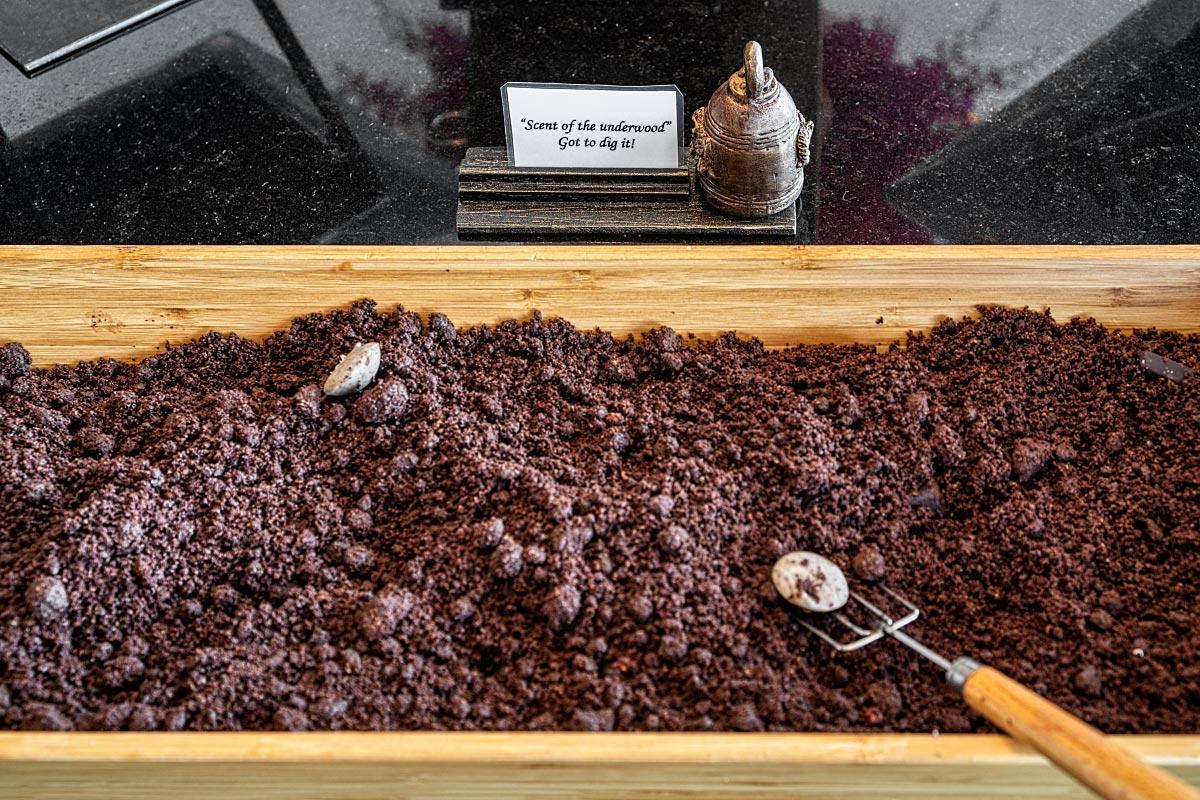 Chocolate grave