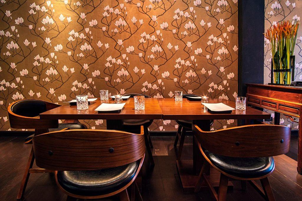 michelin star restaurant table