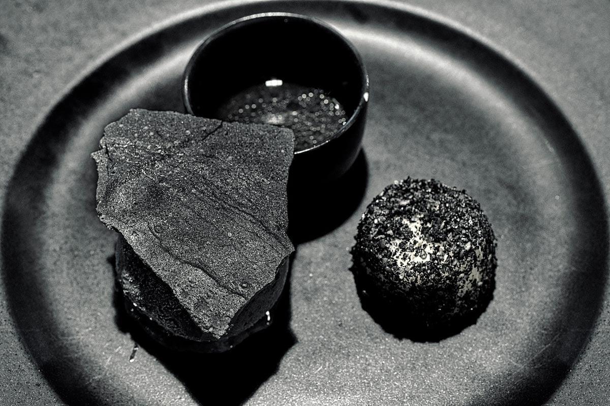 black dessert