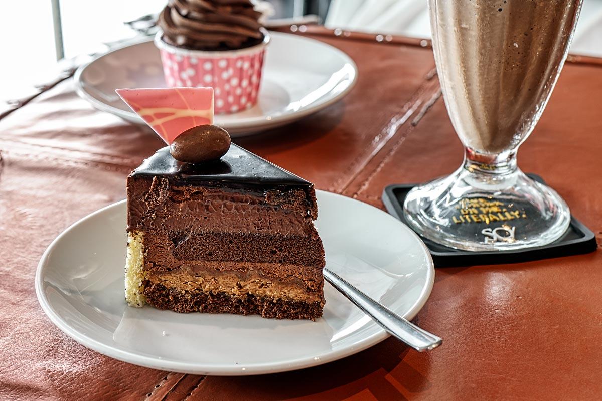 So Royal Chocolate Cake