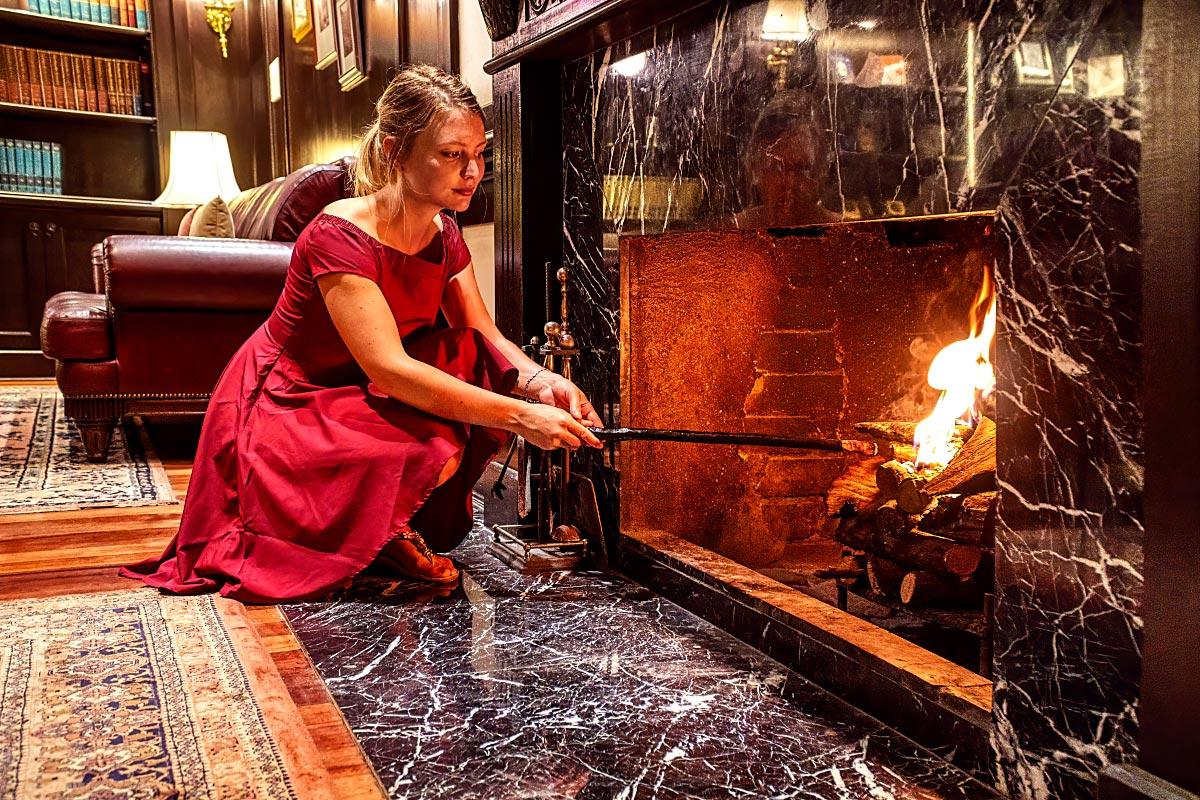 lighting fireplace