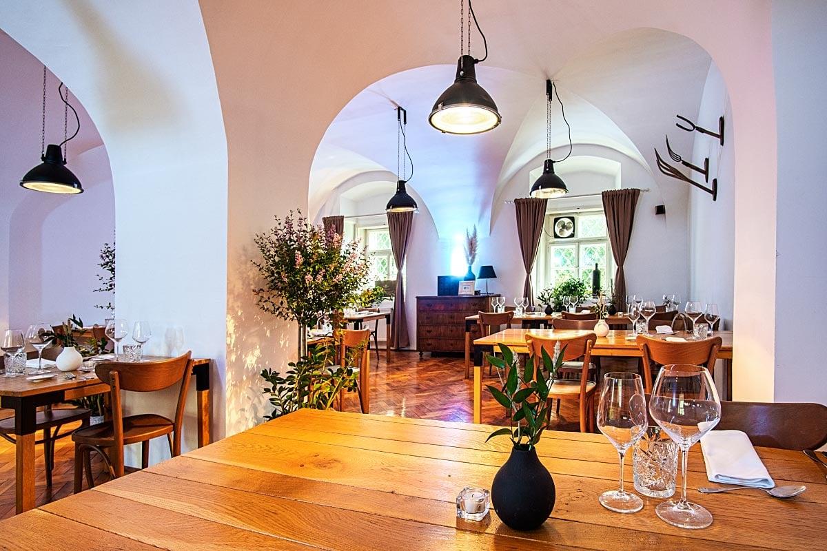 rustic minimalist restaurant style