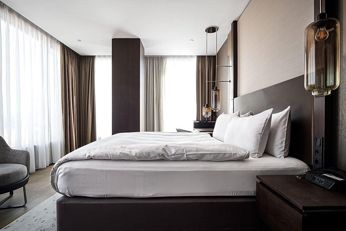 Intercontinental Ljubljana hotel room