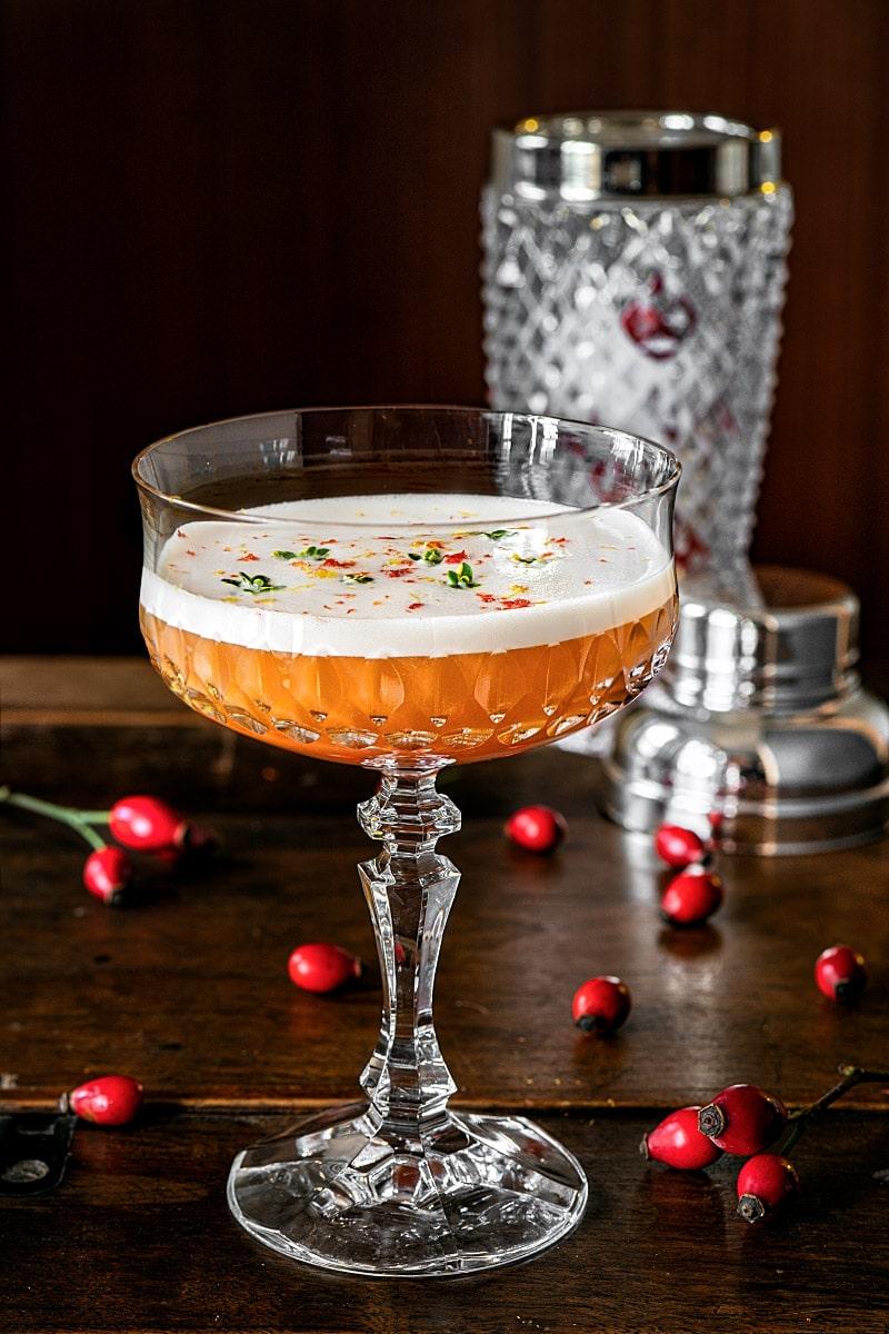 Rosehip cocktail