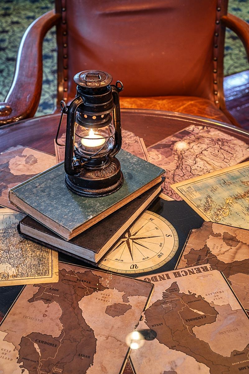 Explorer's Tales Bar